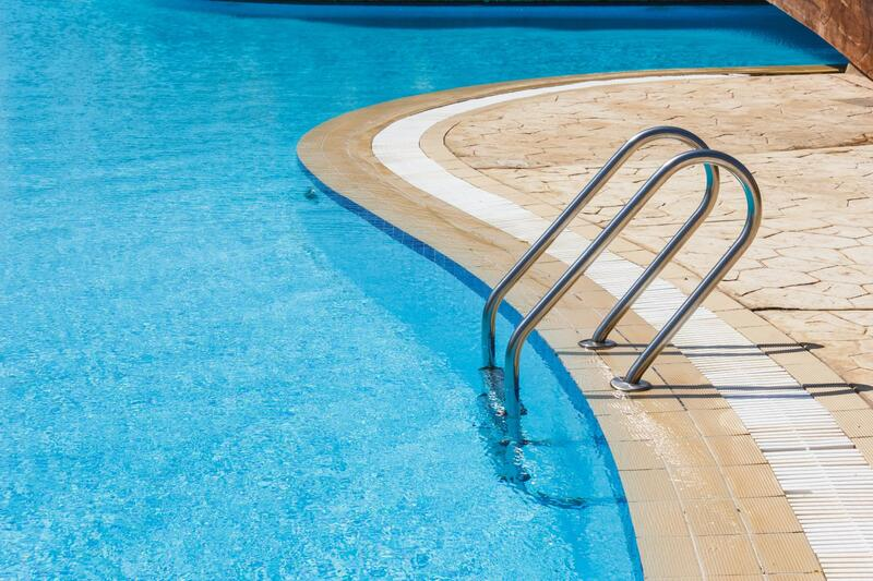 monthly service cleaning of pools